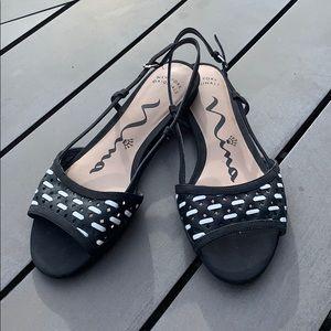 Nina Sling-back black & white sandals, size 6.5
